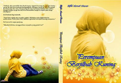 perempuan berjilbab kuning