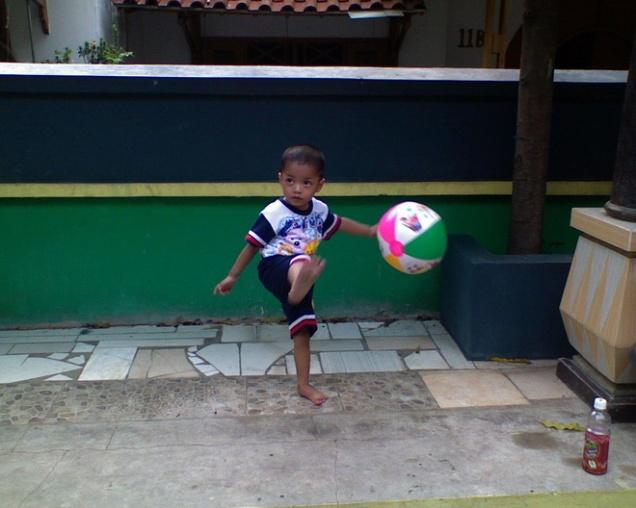 syaikhan main bola