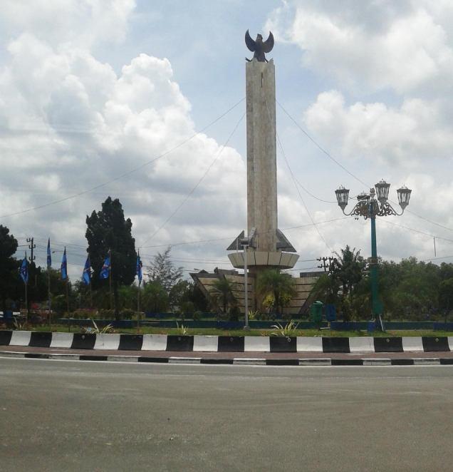 Tugu Pancasila (Bunderan Pancasila), Pangkalanbun, Kalimantan Tengah
