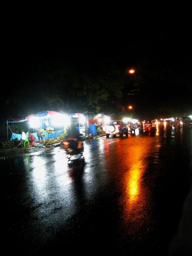 Suatu Malam di Kota Padang