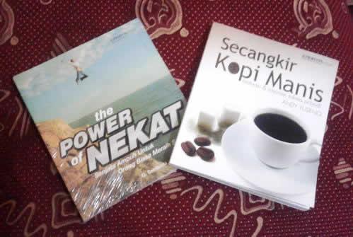 hadiah the power of kepepet dan secangkir kopi manis