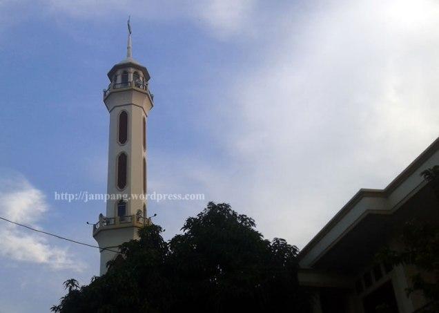 Rule of Thirds - Minaret 1