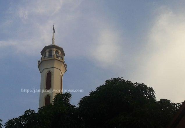 Rule of Thirds - Minaret 2