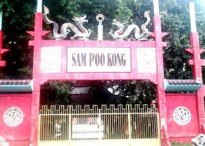 Pintu Gerbang Klenteng Sam Po Kong