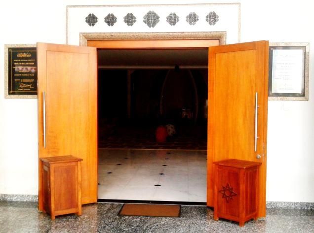 door - masjid shalahuddin