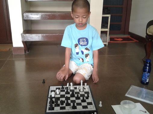 syaikhan - 01-10-2015 main catur
