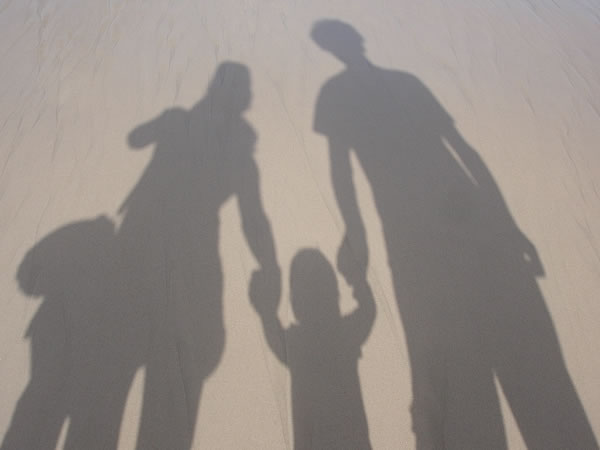 bayangan sebuah keluarga